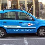 Projekt i wykonanie reklamy na samochodzie dla firmy NGS